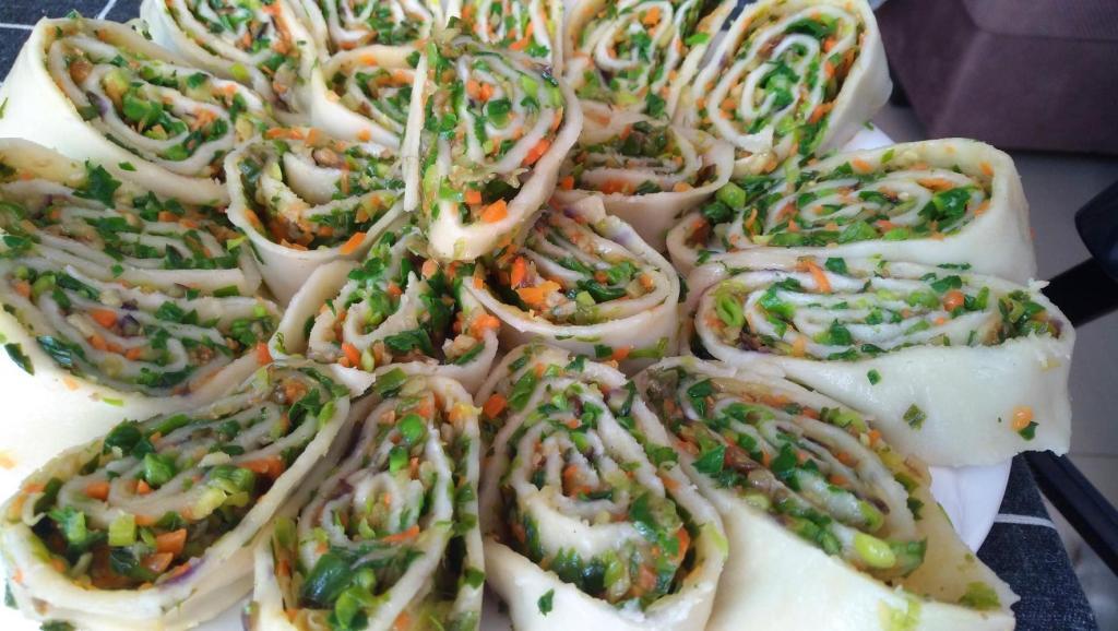 茄子与韭菜结合,太好吃了,营养又美味,即当饭又当菜