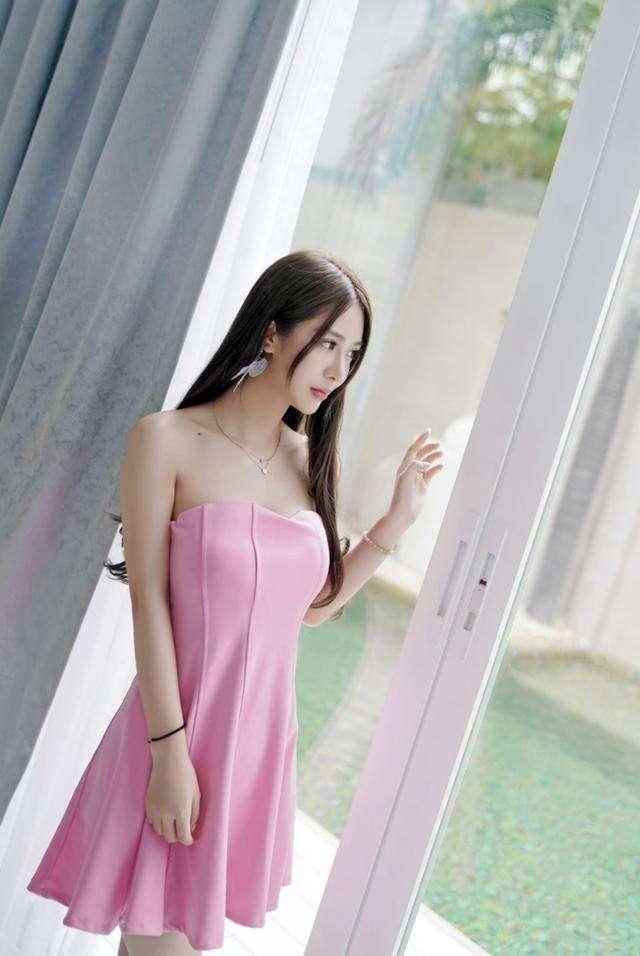 长腿粉色短裙女神, 皮肤白皙 唯美气质 3