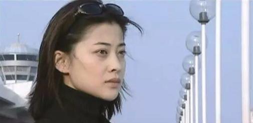 朱時茂26年前的春晚, 有誰註意他身旁的姑娘, 如今紅得一塌糊塗-圖10