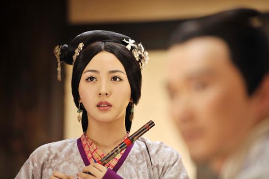 """9年前她是楊冪的小助理, 9年後和楊冪平起平坐, 真實是娛樂圈""""勵志姐""""-圖5"""
