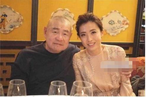 5次拒絕劉鑾雄的求婚, 卻甘願為60歲富翁生孩子, 她到底圖什麼?-圖9