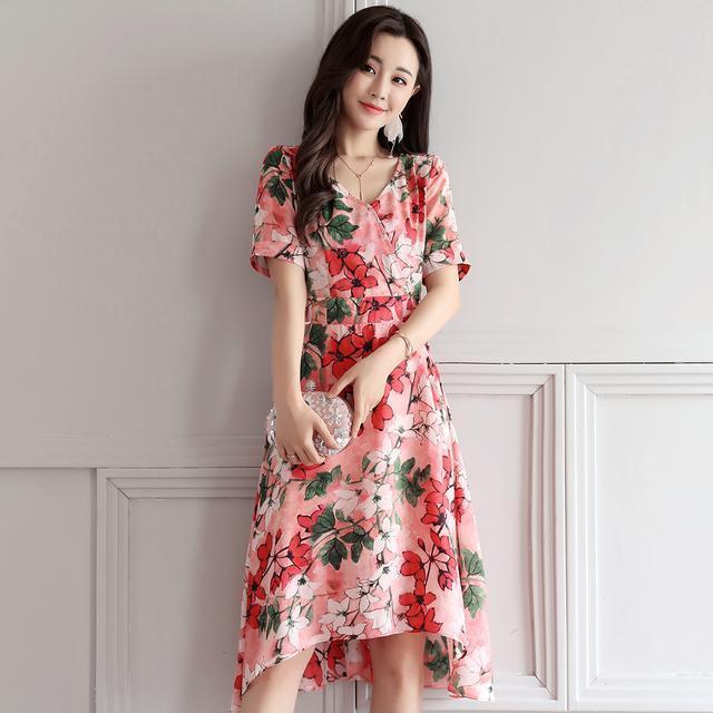 今夏印花连衣裙来袭, 时尚感十足, 尽显女人味 1
