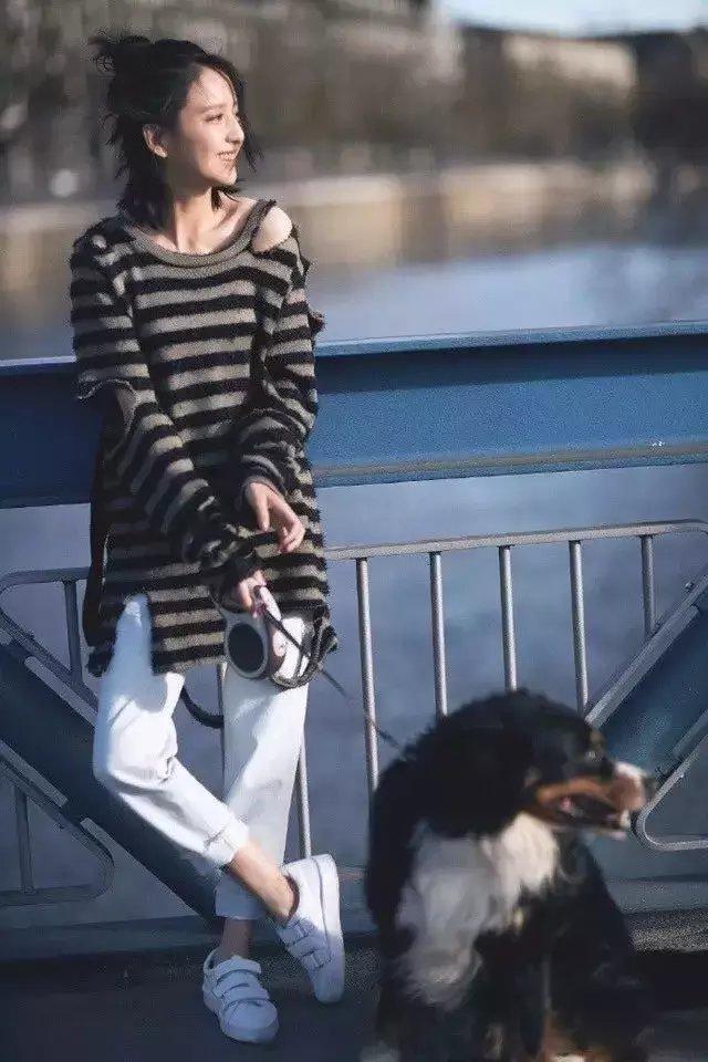 今秋必败的5款毛衣, 杨幂的露肩佟丽娅的破洞…款款直男杀! 13