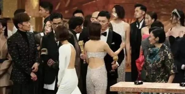 陳自瑤的表情出賣瞭王浩信的演技, 視帝寶座確實是實至名歸-圖9