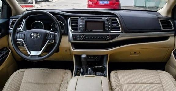 7座中型SUV的標桿! 體量大, 保值率高, 新款更加霸氣, 難怪這-圖5