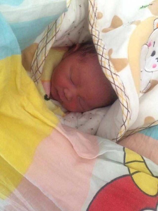 39周剖腹产, 6.1斤儿子一枚, 凑成好字, 孕期这些症状蛮准的