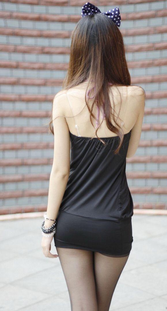 30岁的姐姐, 紧身裤修饰得婀娜多姿, 轻松减龄六七岁 5