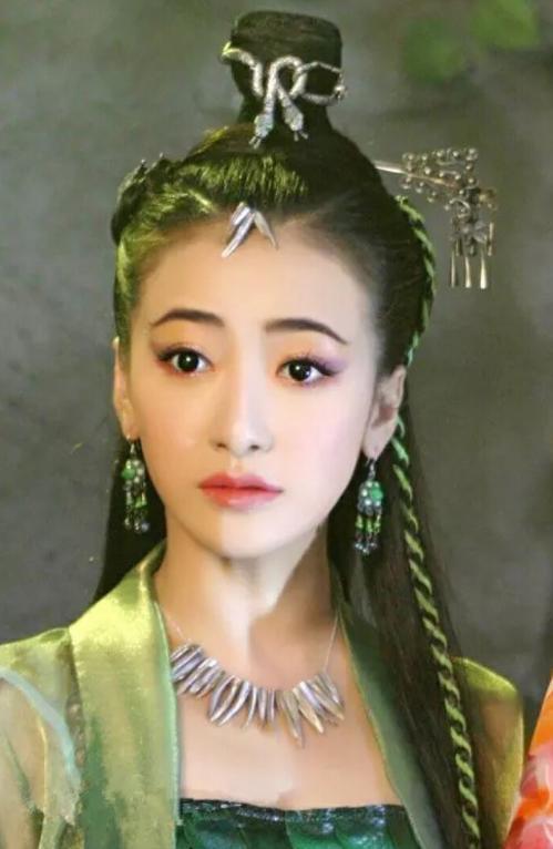 """從娛樂圈的寵兒變""""棄兒"""", 如今淪為18線演員, 導演: 她便宜好用!-圖1"""