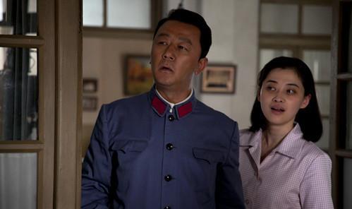朱時茂26年前的春晚, 有誰註意他身旁的姑娘, 如今紅得一塌糊塗-圖14