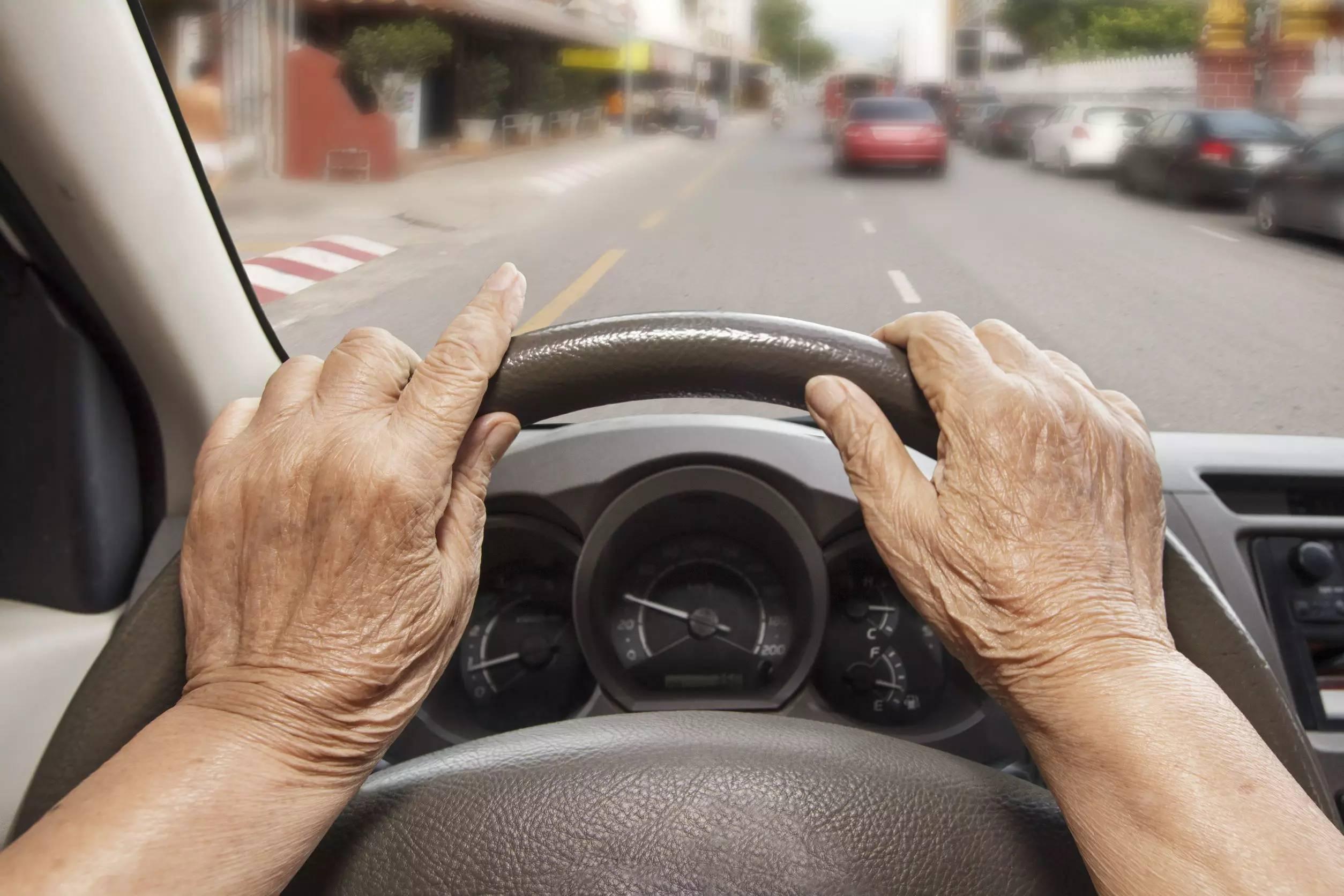 """日本老年司机成""""马路杀手"""", 新危机席卷老龄化社会"""