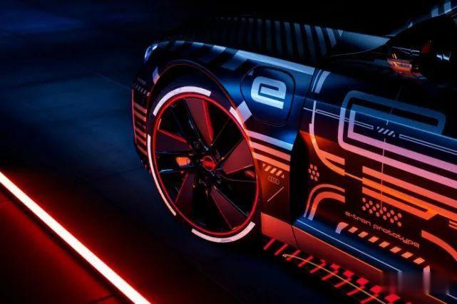 3秒內破百, 奧迪e-tron GT RS將與保時捷Taycan采用同平臺打造-圖11