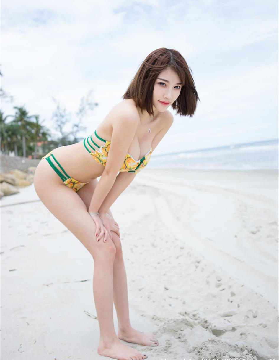 身材和颜值都爆表的美女都不能吸引我, 但是水果印花的泳衣却可以 3