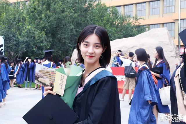 被星探挖掘簽約楊天真公司, 3年演瞭6部女主劇, 新戲還搭檔林彥俊-圖3