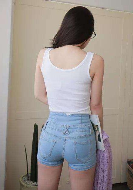 热裤美女魅力足, 时髦有范儿 7
