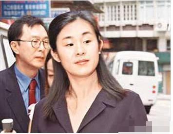 5次拒絕劉鑾雄的求婚, 卻甘願為60歲富翁生孩子, 她到底圖什麼?-圖5