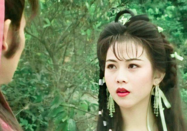 蔡少芬自曝港姐工資500塊,朱茵月薪8000,TVB演員真不容易-圖2