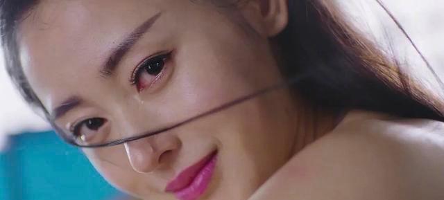 憑借《太子妃》走紅, 曾給鞏俐做過光替, 她的真實年齡意外曝光-圖4