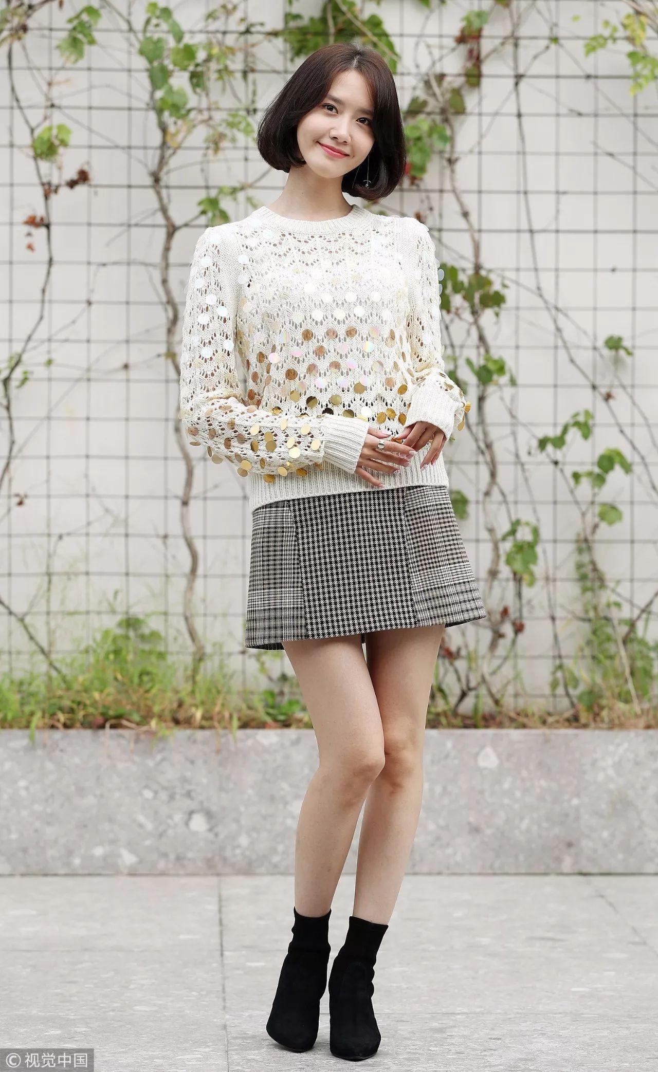 维密天使们人手一件的针织衫其实很好搭啊, 穿对了没有大长腿照样是天使!