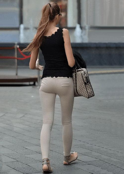紧身裤可以说是一款美丽清纯的背景, 一个文静端庄的少女 4