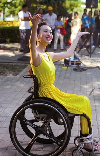 讓張藝謀一直內疚, 在北京奧運跌落導致殘疾的劉巖, 現在還好嗎-圖10