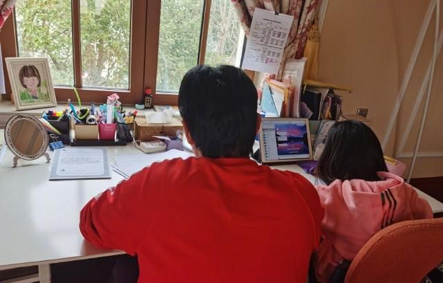 陸毅炫耀女兒生日照, 繼承媽媽鮑蕾的仙氣, 12歲陸貝兒成大美女-圖7