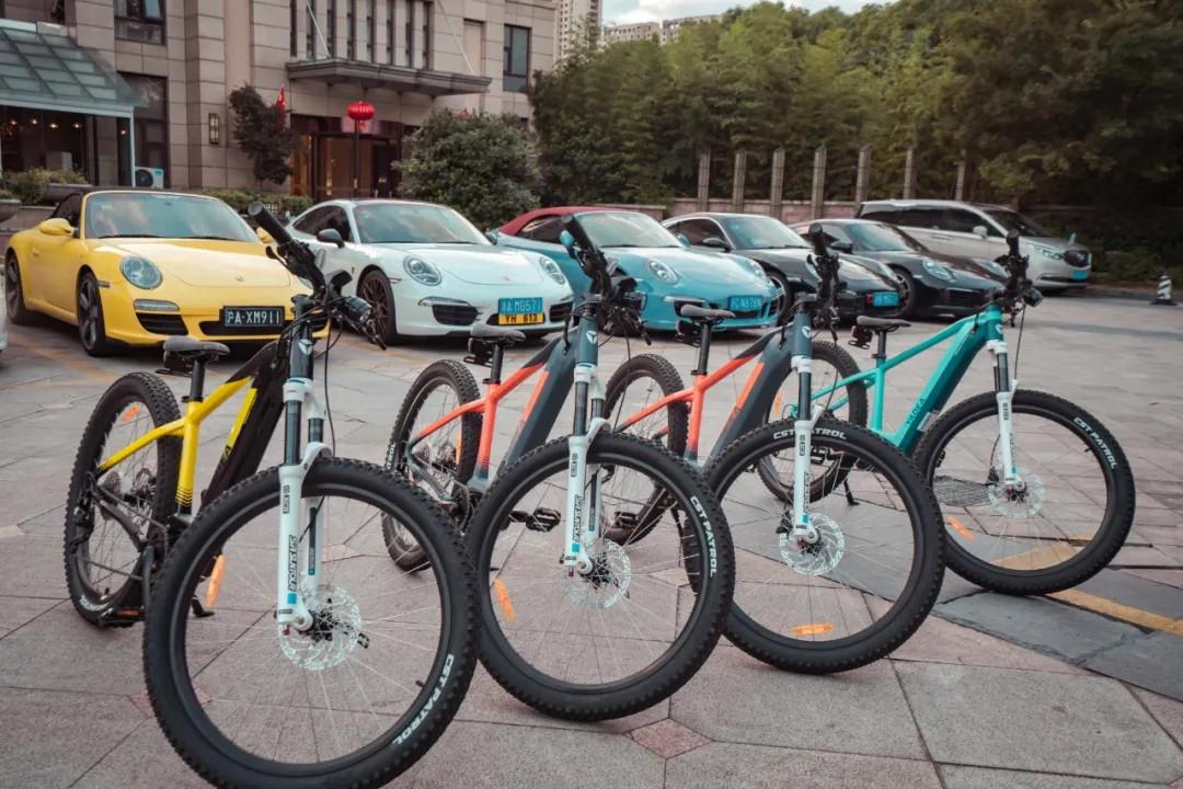 雅迪推出新款電踏車, 配備350W中置電機, 續航120km!-圖3