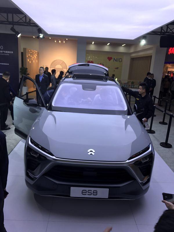 高科技加持纯电动七座SUV蔚来ES8, 革新出行体验还买啥特斯拉