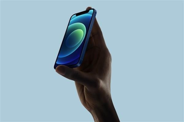 iPhone 12重回iP4直角邊框 羅永浩神回復-圖3