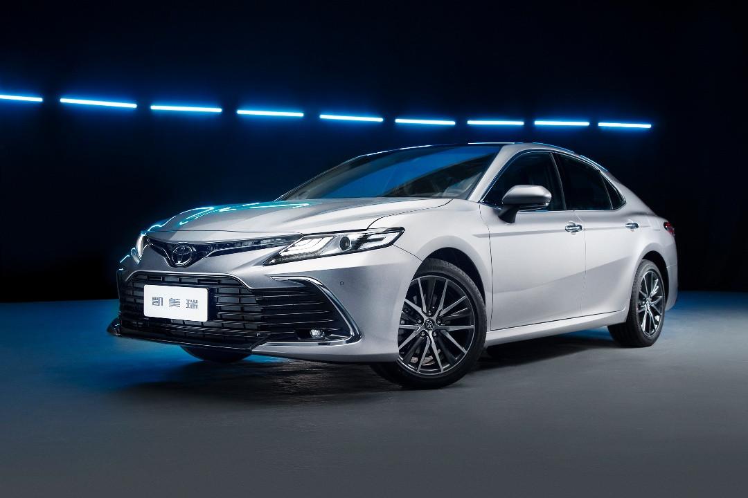 新款凱美瑞正式發佈, 顏值更高/升級車機系統, 2月25日上市!-圖2