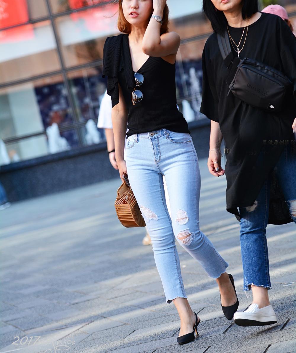 九分牛仔裤 看起来更加的别有一番风味