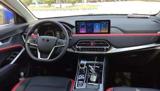 大俠上車試駕思皓X8 感受6座SUV魅力所在-圖8