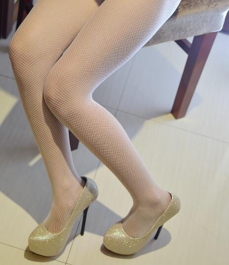 丝袜可以瘦腿, 高跟可以让身材高挑 1