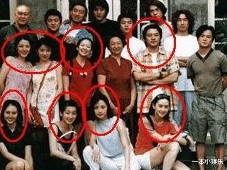 朱時茂26年前的春晚, 誰註意到他身邊的女孩? 今火得一塌糊塗-圖8