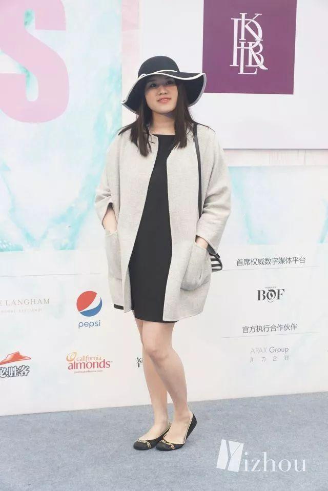 上海时装周的街拍又来刷新三观了 7