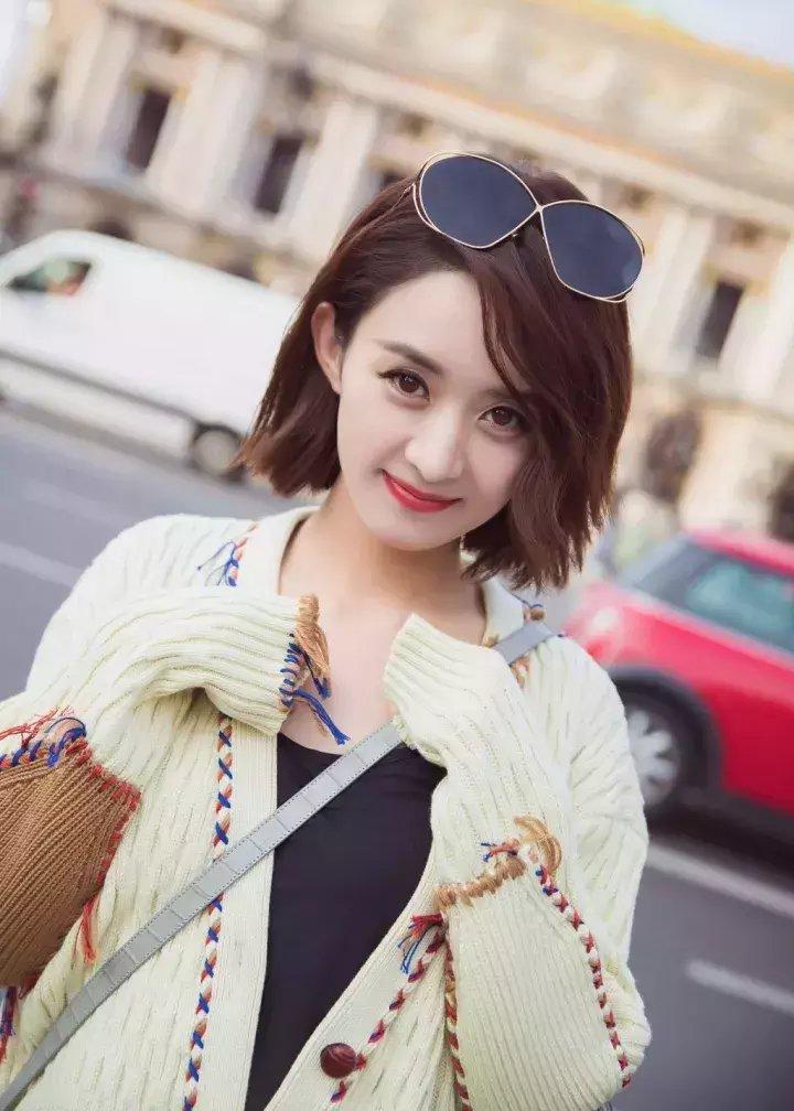 为什么赵丽颖会变成时尚小花? 4