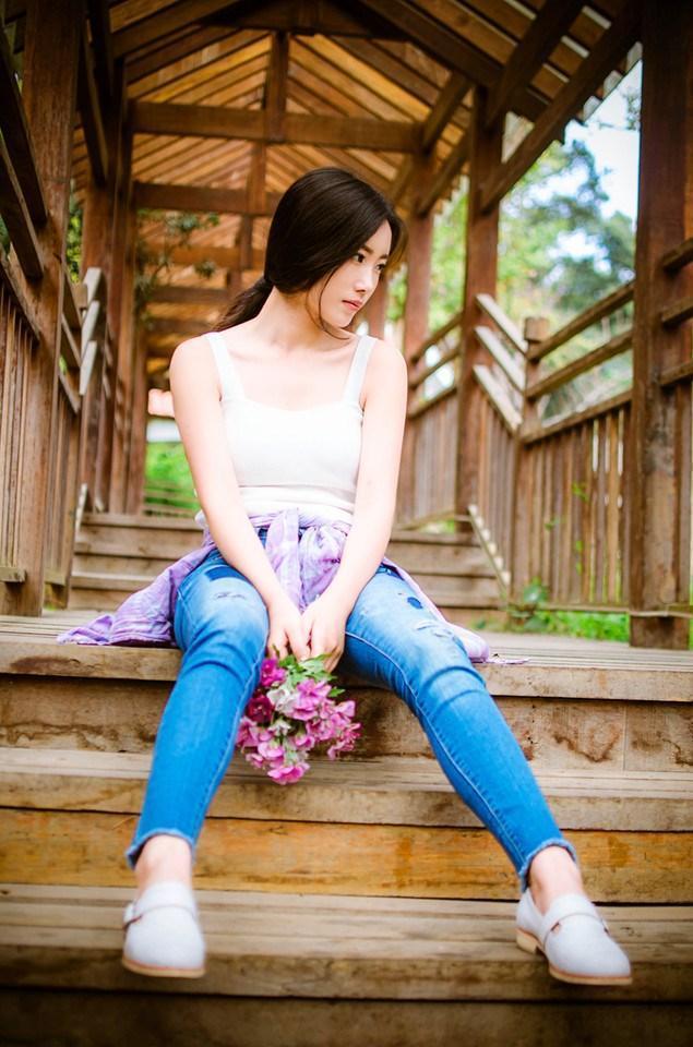 拒绝单调乏味, 时尚牛仔裤裤搭出魅力万人迷