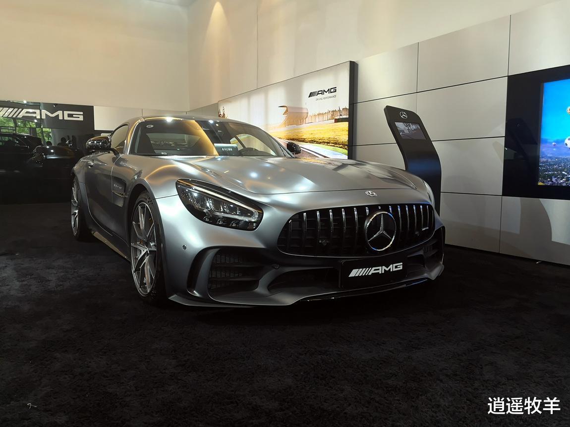 2019款奔馳AMG-GTR(啞光灰)解析: 它不愧是一臺婀娜多姿的轎跑車-圖3