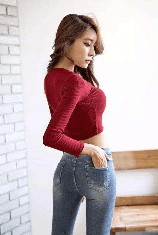紧身裤展现出女性婀娜身姿特别受人们的欢迎! 5