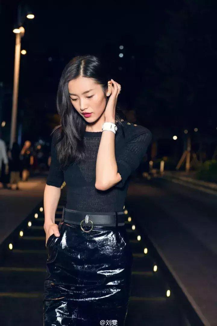 搭配 | 秋冬最经典的套路装, 一身黑色让你美出天际! 7