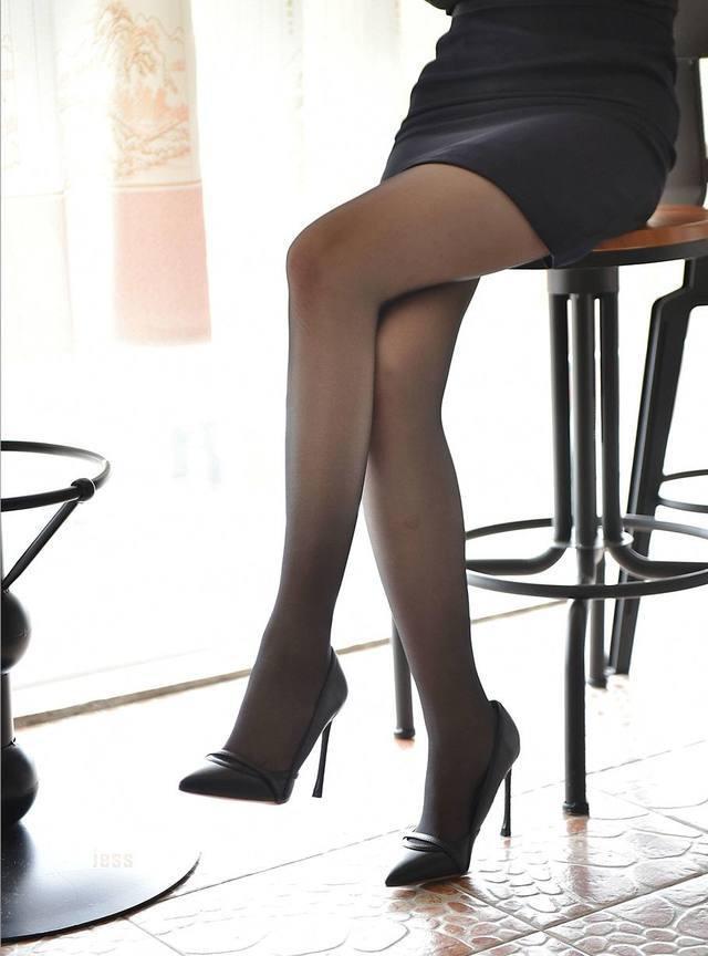 只要完成穿上高跟鞋这一小步, 就能够让自己向成为美女这个方向迈出一大步 4