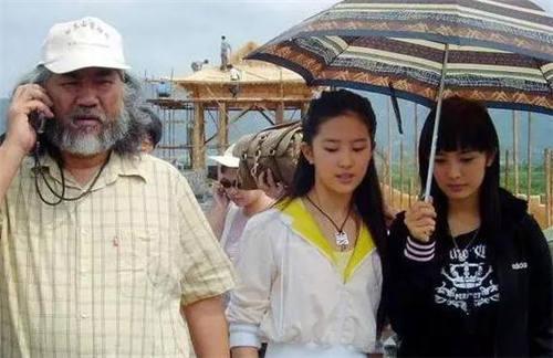 """9年前她是楊冪的小助理, 9年後和楊冪平起平坐, 真實是娛樂圈""""勵志姐""""-圖3"""