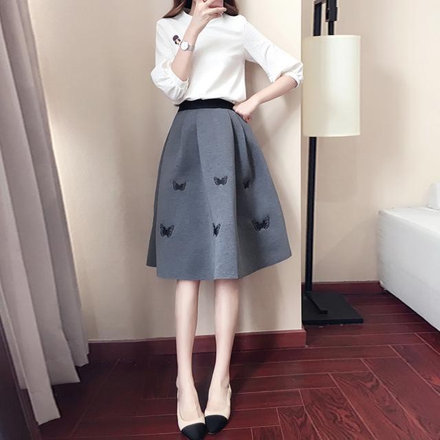 40岁的女人就别穿裙子了, 多穿这样的减龄套装, 时髦还特显气质 8
