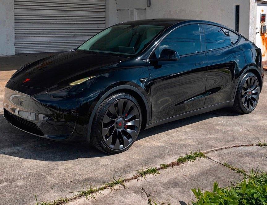 高顏值的設計 僅售33.99萬起 全新特斯拉Model Y實車-圖1