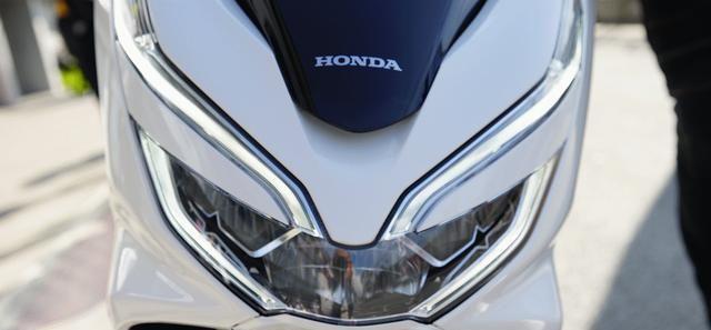本田最新踏板標桿車, 149CC水冷, 百公裡油耗1.9L, 2.699萬值嗎?-圖7