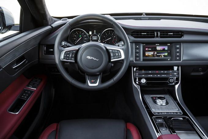捷豹新款XF大幅度官降! 搭3.0T引擎/性價比高-圖5