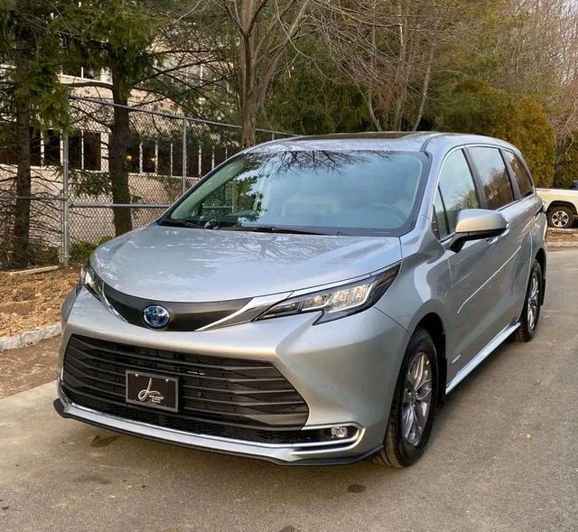 """豐田又一""""攪局者"""", 車長近5米2, 配V6自吸發動機+8AT, 或35萬起-圖1"""