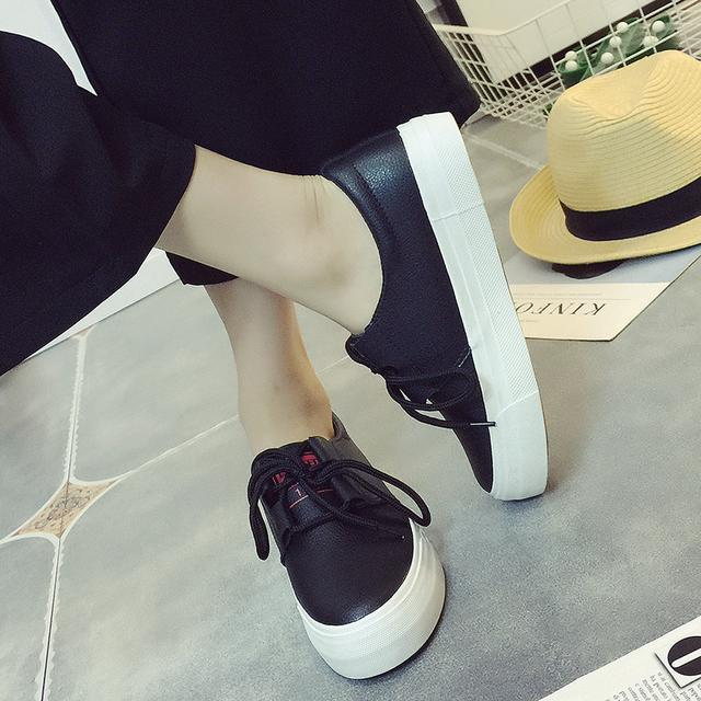 """小白鞋已过时了, 火遍时尚圈的""""一脚蹬"""", 连赵薇、杨幂都在穿 14"""
