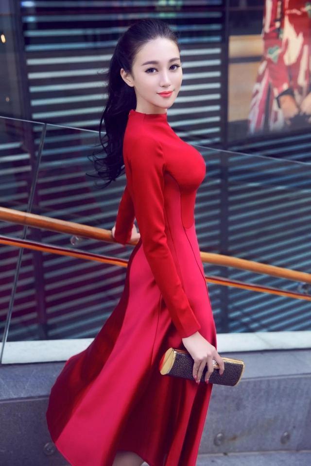 一套符合你气质红色连衣裙, 让你靓丽每一刻! 2