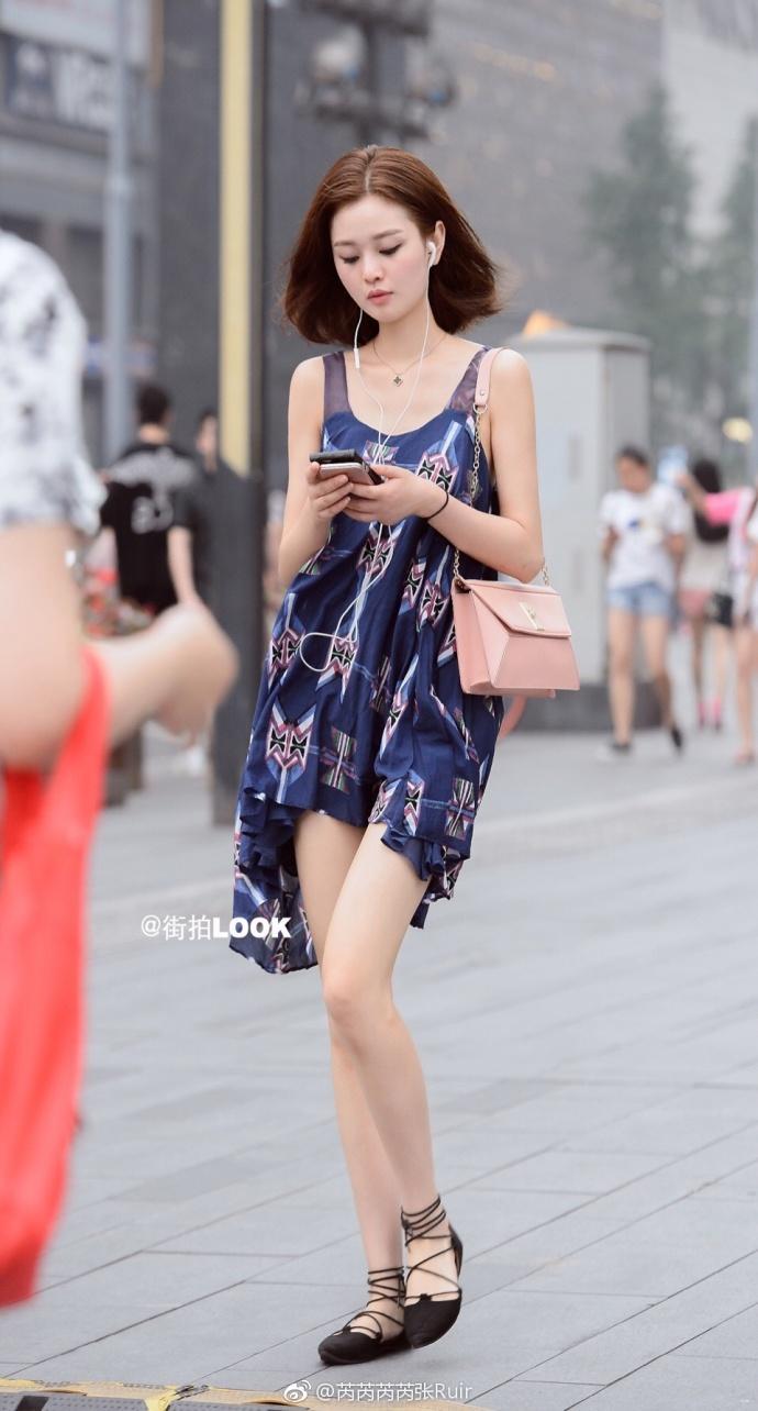 街拍时尚秀: 成都路人街拍, 美若天仙的小姐姐, 气质最重要 7