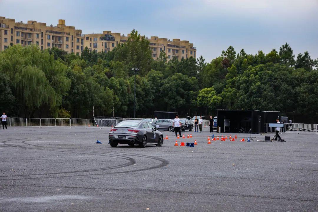 試駕奔馳AMG全系車型是種什麼體驗?-圖15